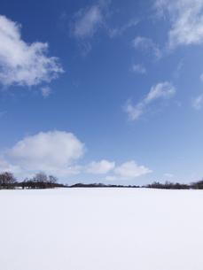 雪原と雲 FYI01015597