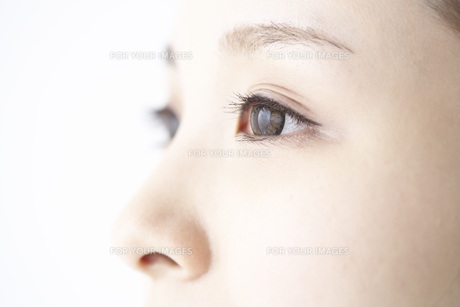 女性の瞳 FYI01032260