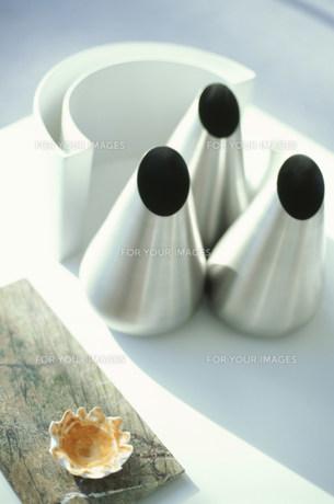 ステンレスの花瓶 FYI01122982