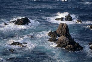 海と岩 FYI01146323