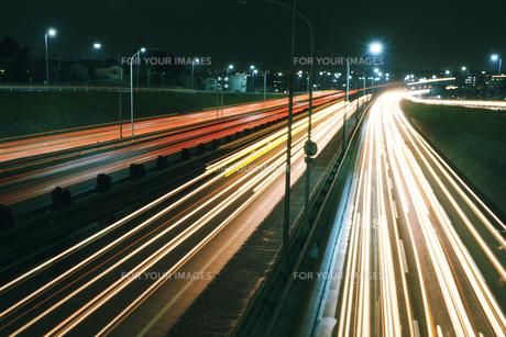 夜の高速道路 FYI01158038