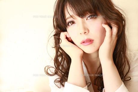 綺麗な女性のアップ Fyi01160907 気軽に使える写真イラスト素材