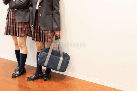 2人の女子高校生 FYI01220772