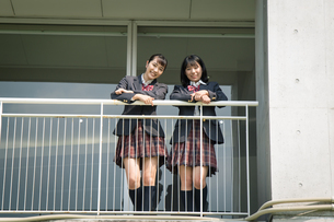 2人の女子高校生 FYI01220918